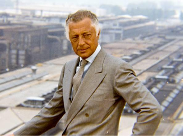 Lo stile di Gianni Agnelli: abiti, camicie, cravatte e ...